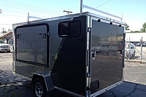 Fold out bunk, 2- tone, windows, ladder racks